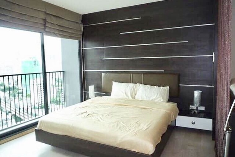 For Rent Noble Remix - 1 Bed 42 Sq.m. 20th Floor | PropertyHub.in.th